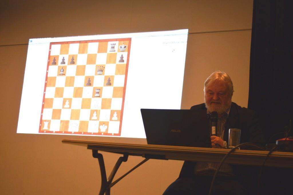 Artur Jussupow bespreekt een variant van de eerste stelling.