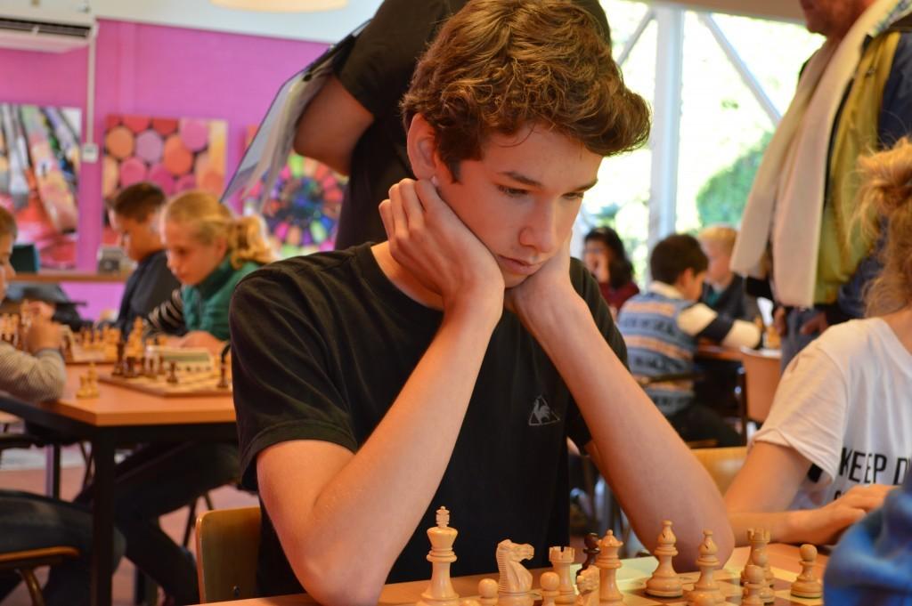 Sven Damen (schaakclub Purmerend), winnaar van het Grand Prix-toernooi bij Caïssa-Eenhoorn.